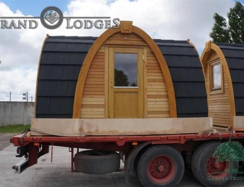 Deluxe Camping Pod 06